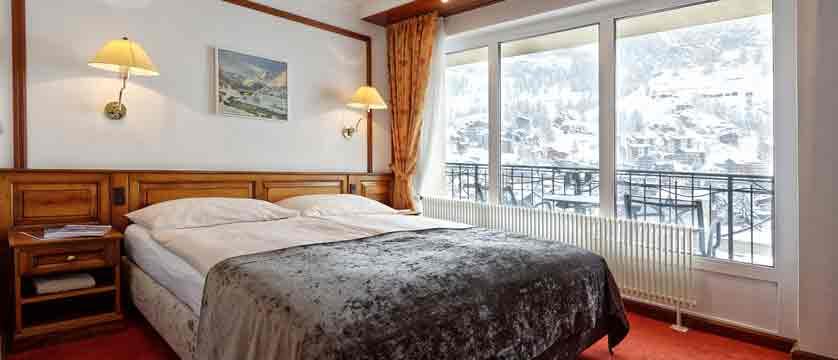 itzerland_zermatt_parkhotel-beausite_double-bedroom.jpg